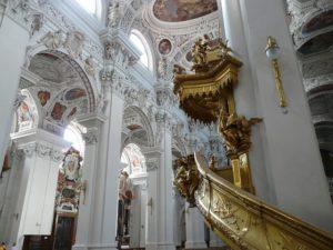 dom-ambona-kościelna